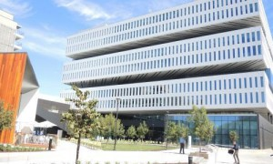1-Samsung-HQ
