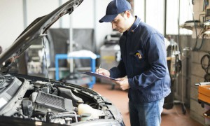 auto-mechanic-injury-workers-comp-st-louis