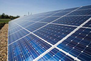 Silicon-photovoltaic-panels-640-300x200